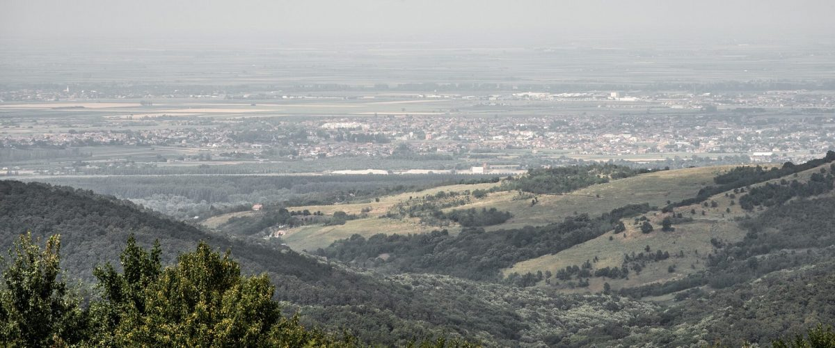 valley-6519189_1920